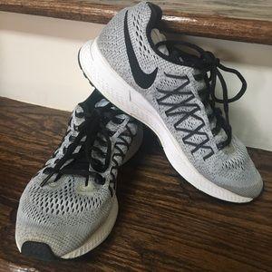 Nike Zoom Pegasus 32 Grey/Black